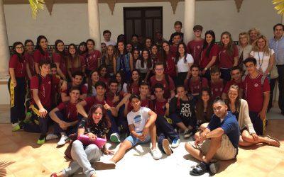 Alumnos del High School de la Base Rota realizan un intercambio en el Liceo isleño